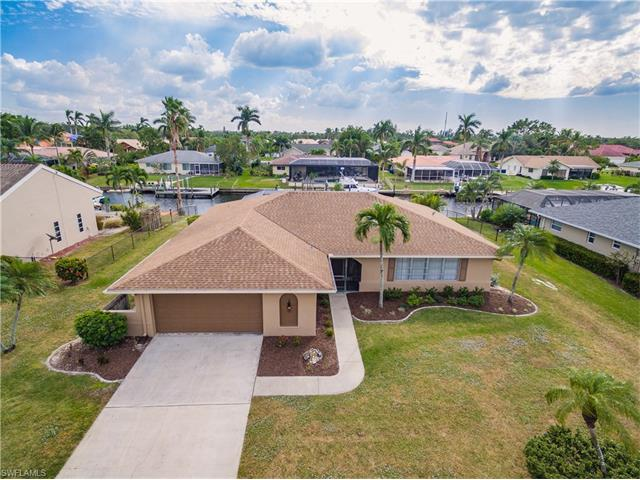 996 Wittman Dr, Fort Myers, FL 33919