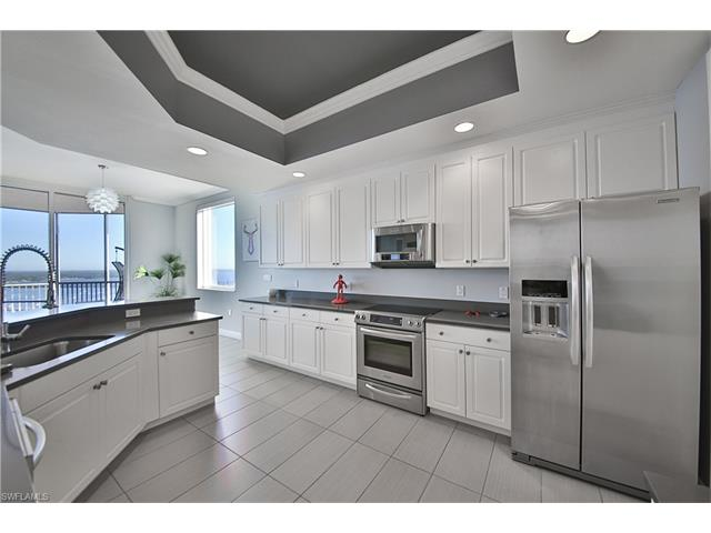 2090 W First St 3006, Fort Myers, FL 33901