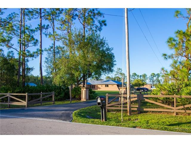 11381 Deal Rd, North Fort Myers, FL 33917
