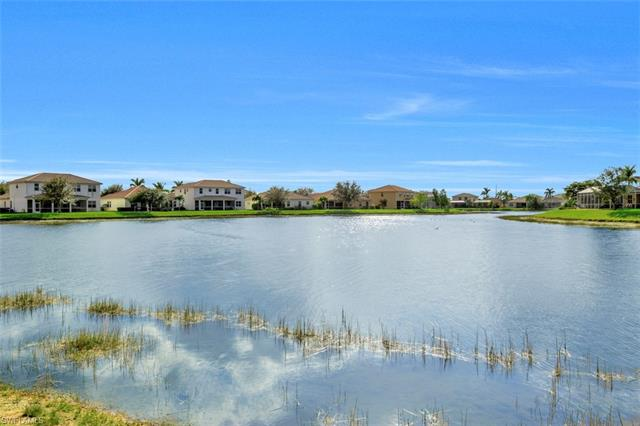 3028 Lake Manatee Ct, Cape Coral, FL 33909