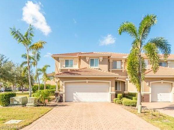 9600 Roundstone Cir W, Fort Myers, FL 33928