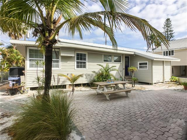 2520-2522 Cottage Ave, Fort Myers Beach, FL 33931
