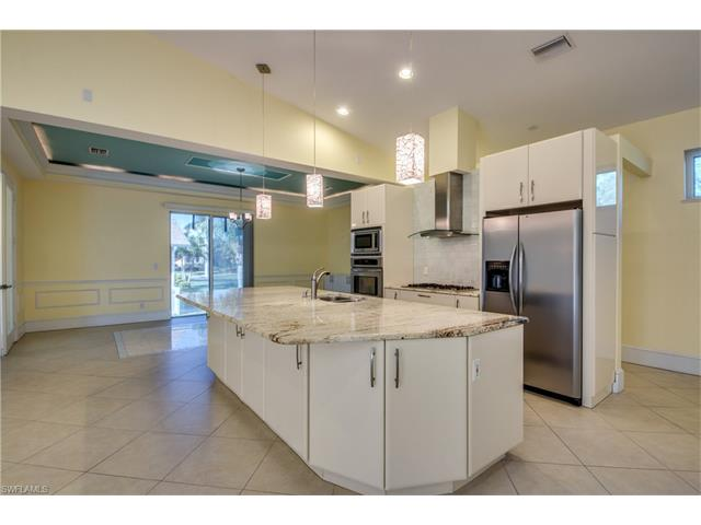 8891 Woodgate Dr, Fort Myers, FL 33908