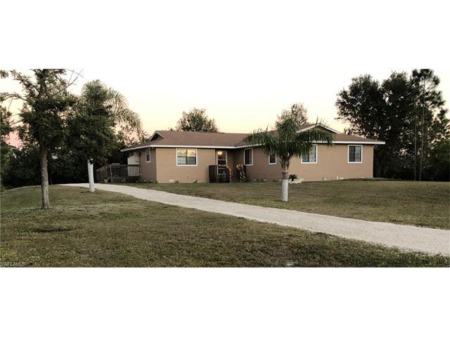 902 Poinsettia Ave, Lehigh Acres, FL 33972