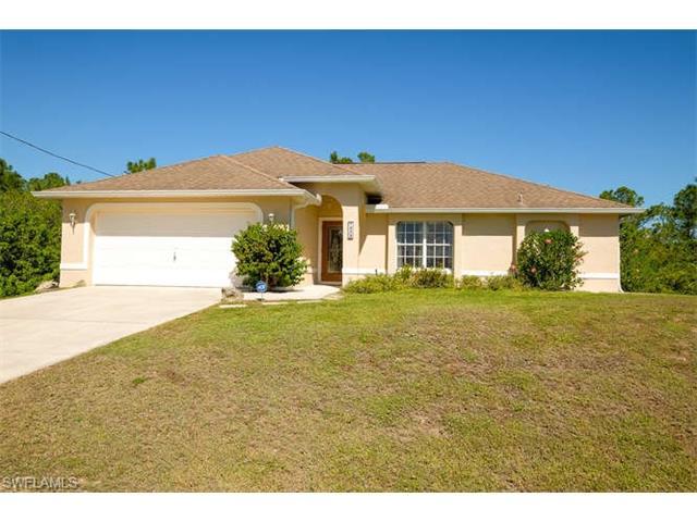 1039 Butler St E, Lehigh Acres, FL 33974