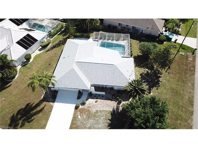4129 Country Club Blvd, Cape Coral, FL 33904