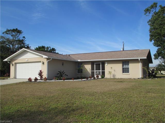 611 W Archer Pky, Cape Coral, FL 33904