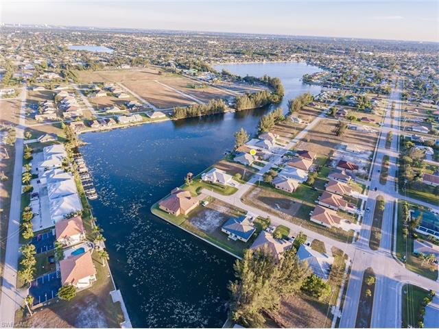 413 Sw 3rd Ct, Cape Coral, FL 33991