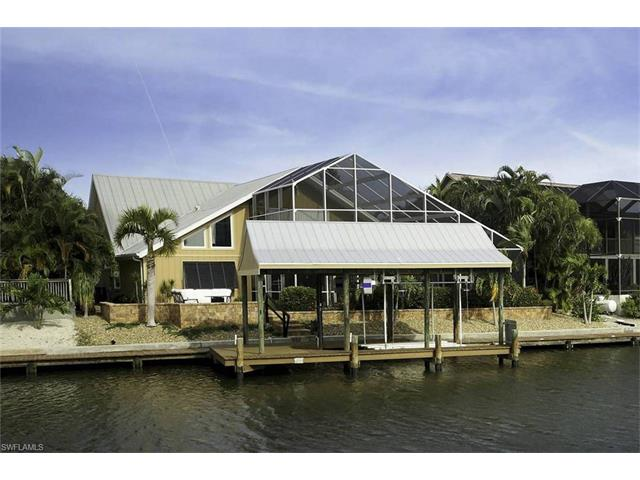 21541 Madera Rd, Fort Myers Beach, FL 33931