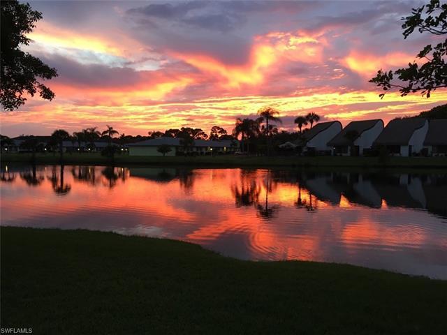 6836 Sandtrap Dr 2, Fort Myers, FL 33919