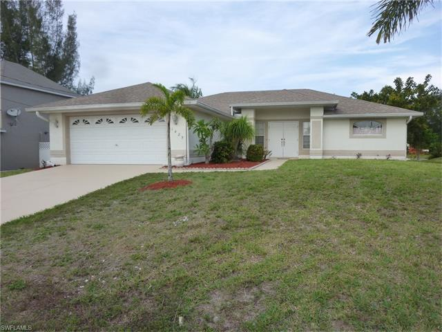 1425 Sw 4th Pl, Cape Coral, FL 33991