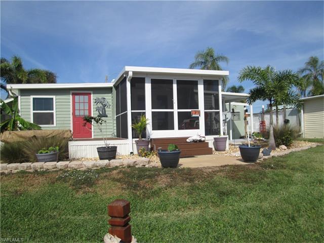 31 Channel Ln S, Fort Myers, FL 33905