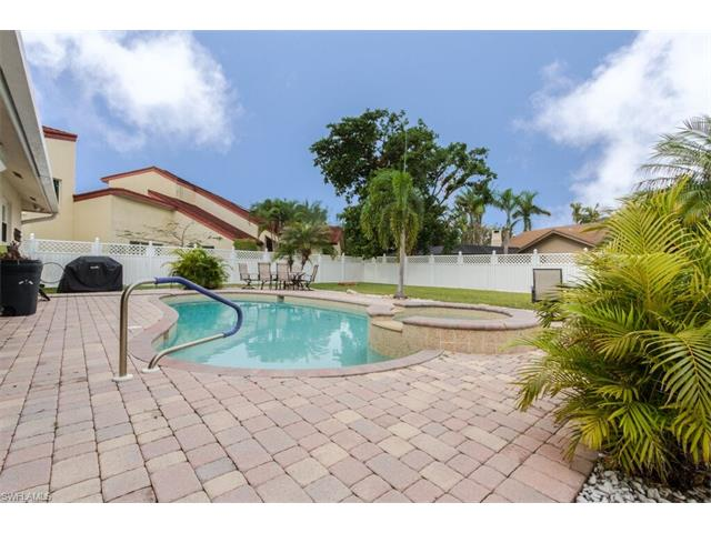 1346 Claret Ct, Fort Myers, FL 33919