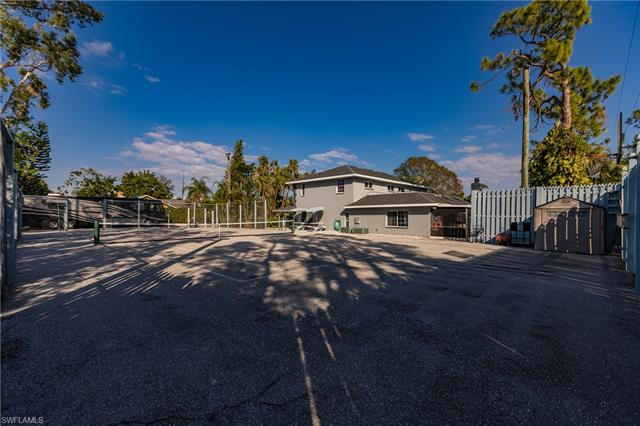 8012 Kansas Rd, Fort Myers, FL 33967