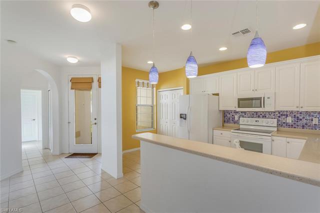 4324 Avian Ave, Fort Myers, FL 33916