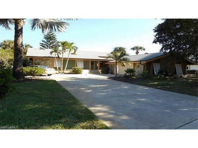 15853 Silverado Ct, Fort Myers, FL 33908