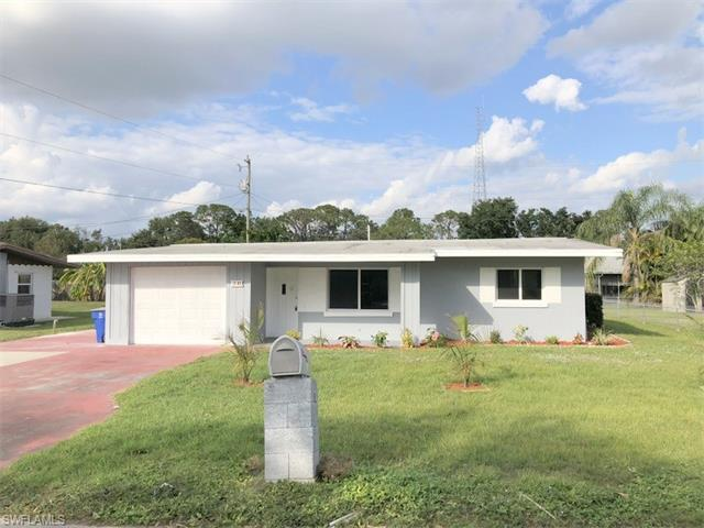 30 Victoria Dr, North Fort Myers, FL 33917
