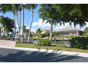 5760 Staysail Ct, Cape Coral, FL 33914