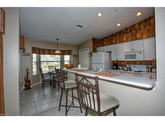 8091 Queen Palm Ln 323, Fort Myers, FL 33966
