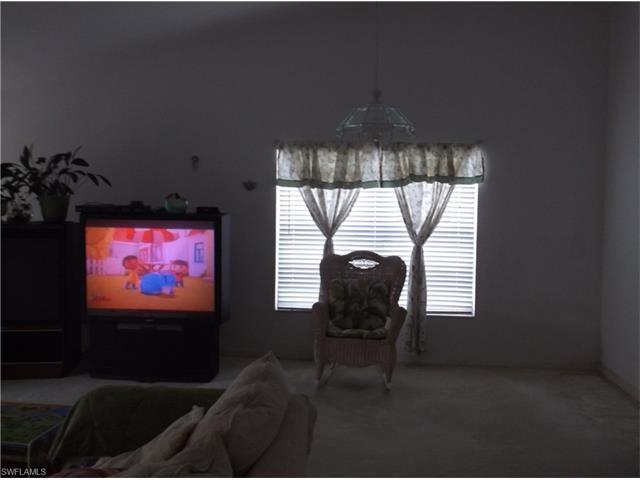 13594 Cherry Tree Ct, Fort Myers, FL 33912