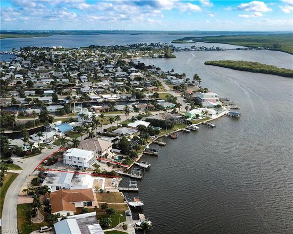11851 Island Ave, Matlacha, FL 33993