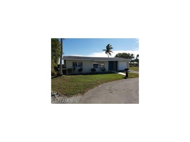 2619 Clyde St, Matlacha, FL 33993