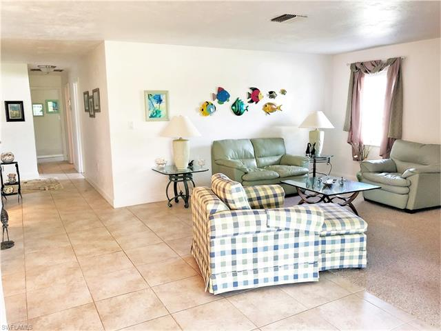 5549 Westwind Ln, Fort Myers, FL 33919