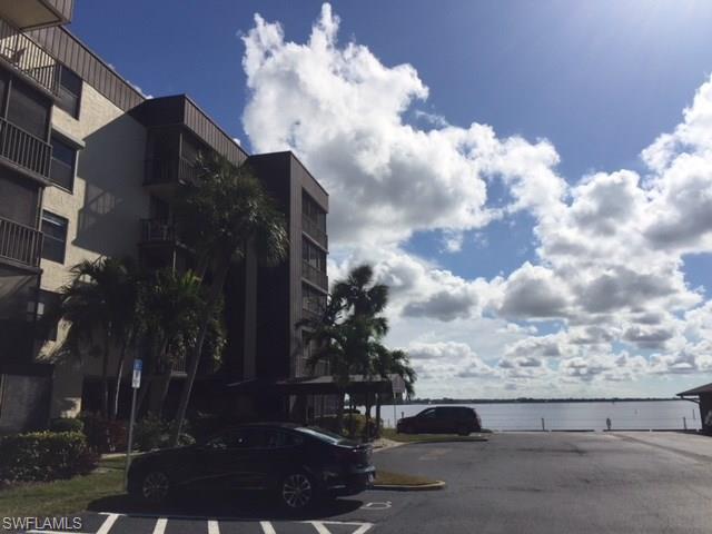 3490 N Key Dr 109, North Fort Myers, FL 33903