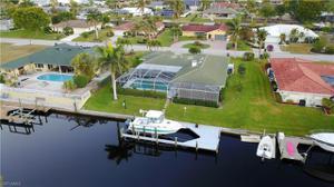 1010 Clarellen Dr, Fort Myers, FL 33919