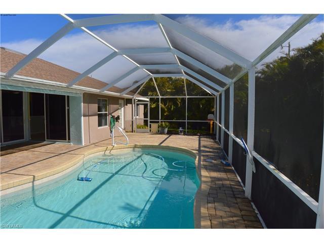 306 Sw 30th Ter, Cape Coral, FL 33914