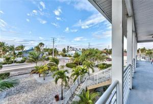 5709 Estero Blvd, Fort Myers Beach, FL 33931