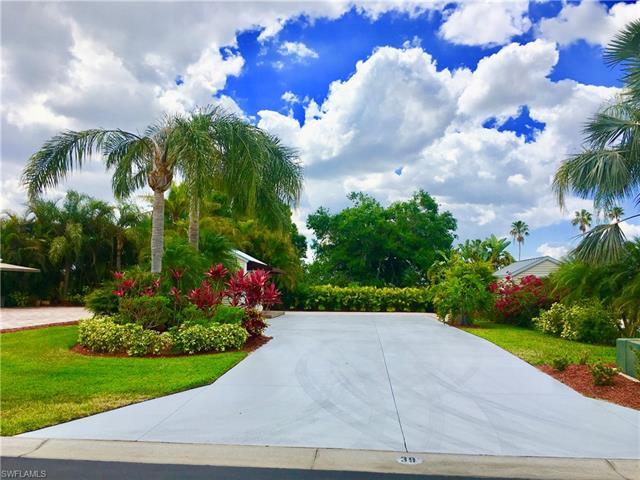 3015 W Riverbend Resort Blvd, Labelle, FL 33935