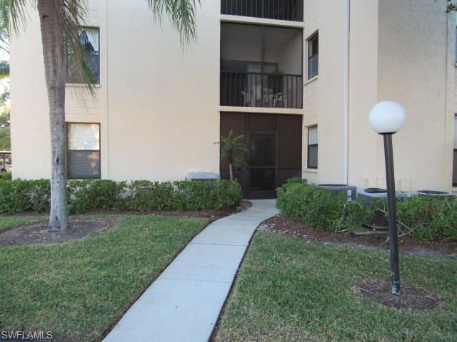 8474 Charter Club Cir 9, Fort Myers, FL 33919
