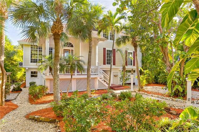 950 Cabbage Palm Ct, Sanibel, FL 33957