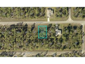 339 Woodburn Dr, Lehigh Acres, FL 33972