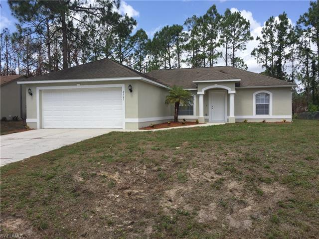 2505 Paula Ave N, Lehigh Acres, FL 33971