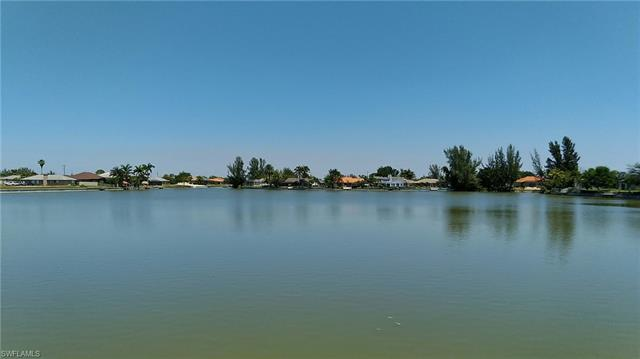 1423 Sw 38th St, Cape Coral, FL 33914