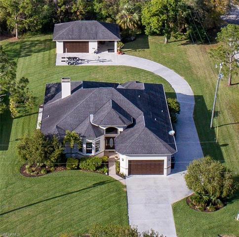 8271 Boonesboro Rd, North Fort Myers, FL 33917