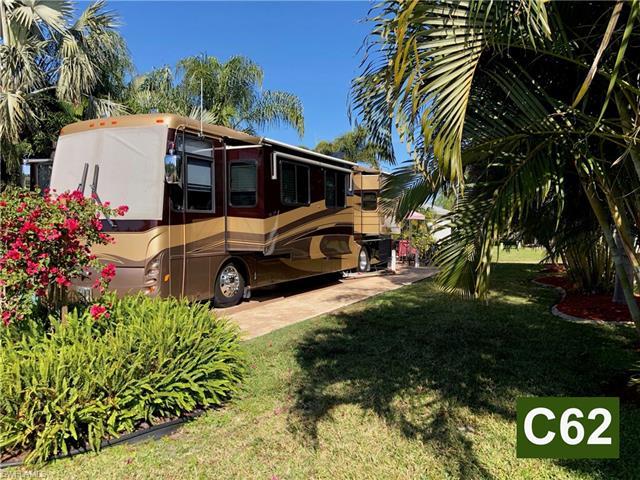 5901 Pathwood Ct, Fort Myers, FL 33905