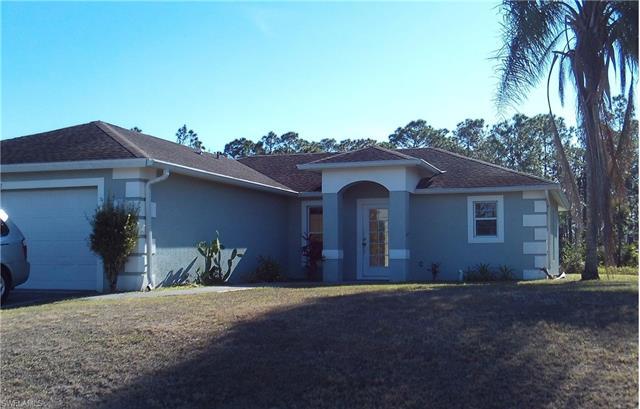 952 Green St E, Lehigh Acres, FL 33974