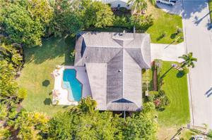 1390 Burgundy Dr, Fort Myers, FL 33919