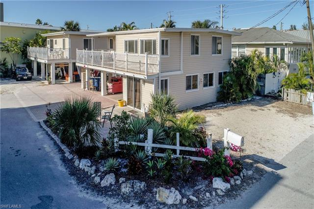71 Mango St, Fort Myers Beach, FL 33931