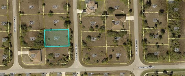 520 Carrillon Ave S, Lehigh Acres, FL 33974