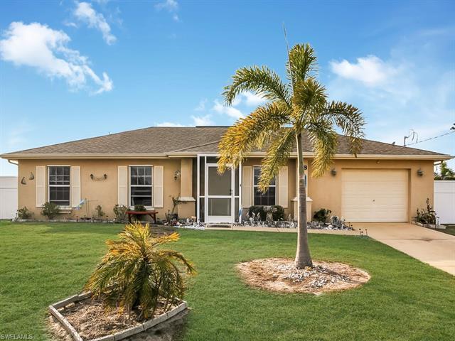 918 Ne Juanita Pl, Cape Coral, FL 33909