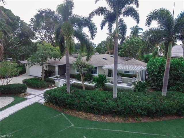 552 Keenan Ave, Fort Myers, FL 33919