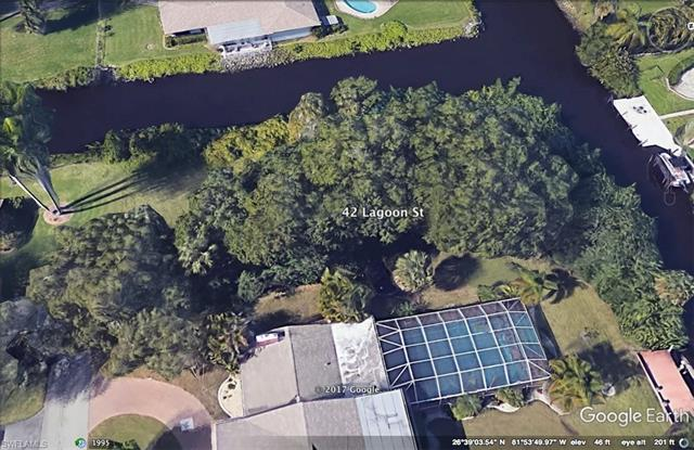 42 Lagoon St, North Fort Myers, FL 33903