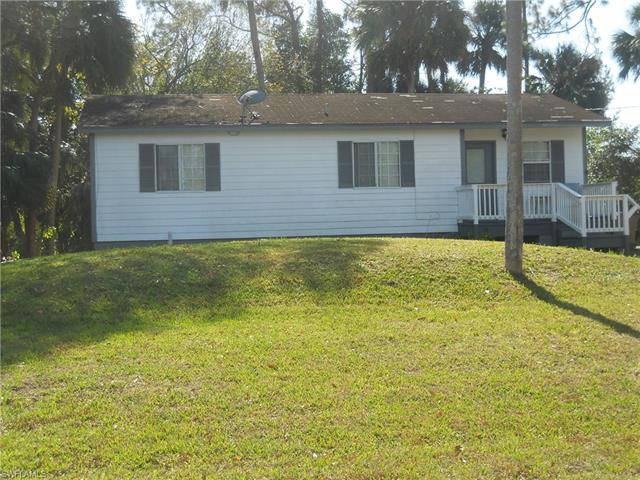 3711 Teakwood St, Fort Myers, FL 33905
