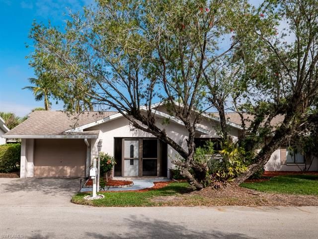 11660 Pointe Circle Dr, Fort Myers, FL 33908