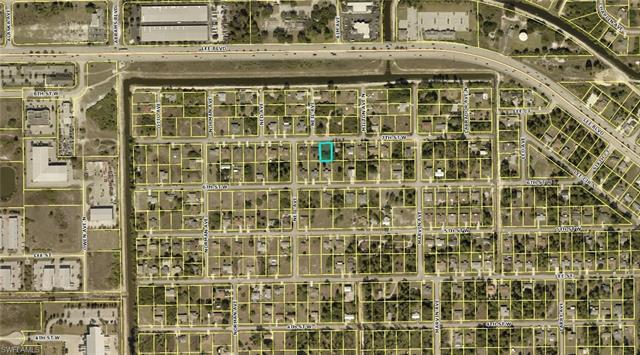 5229 7th St W, Lehigh Acres, FL 33971