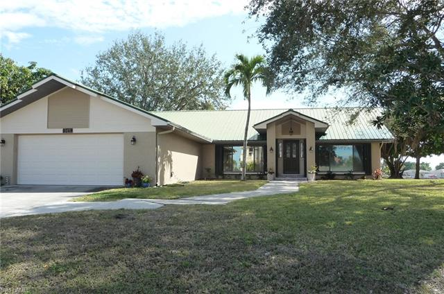 3049 Sw 11th Pl, Cape Coral, FL 33914